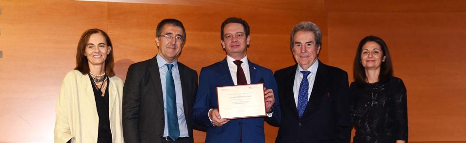 José Ayerza se gradúa en el I Programa Superior en Dirección de Empresas de Mediación
